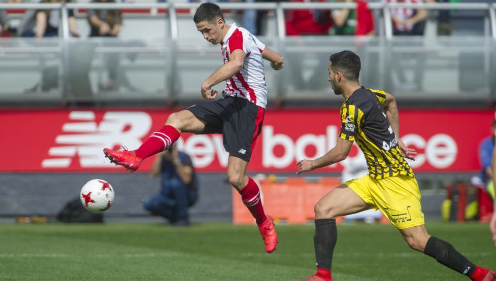 Benito remató en el segundo palo de esta manera para firmar el único gol de la tarde en Lezama.