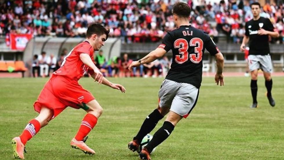 Andoni Fernández 'Oli', tuvo unos minutos con el primer equipo del Athletic en el amistoso ante el Santutxu