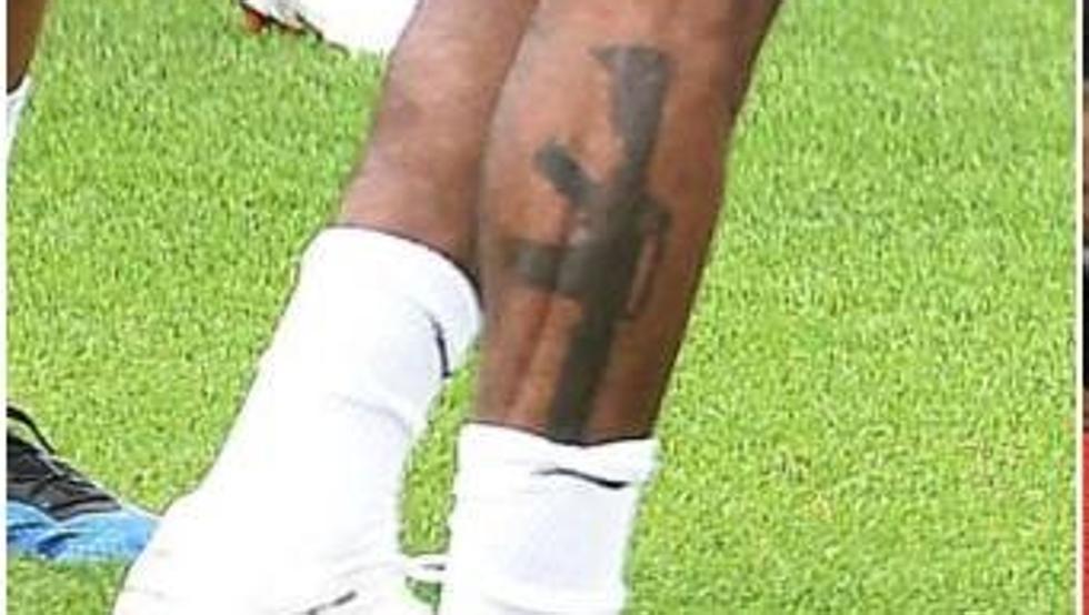 El Tatuaje De Sterling Sigue Dando Que Hablar
