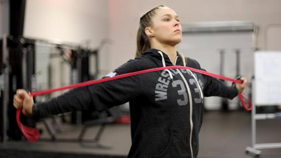 Ronda Rousey sería sin duda la de más repercusión