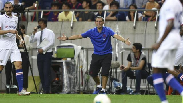 Valverde, dando instrucciones frente al Chelsea