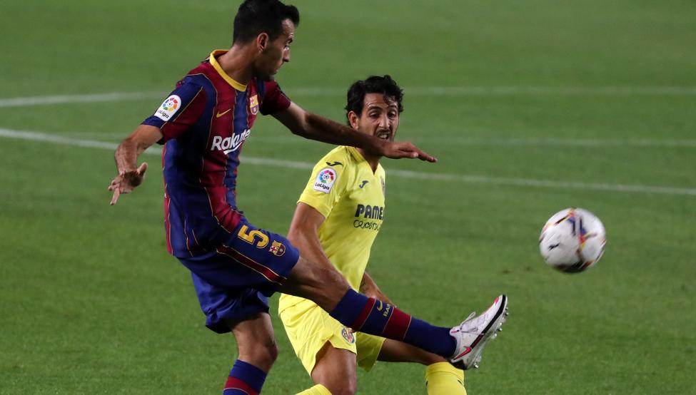 Barça - Villarreal: Messi y Busquets provocan el autogol de Pau Torres en  el 4-0