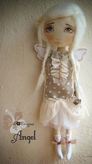 Muñeca de tela Ángel