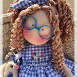 DIY y patrón de Muñeca de tela Doris