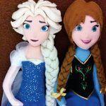 Muñecas Princesas Elsa y Anna en fieltro
