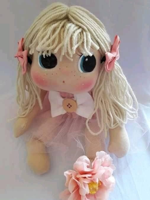Muñeca de tela fácil con moldes