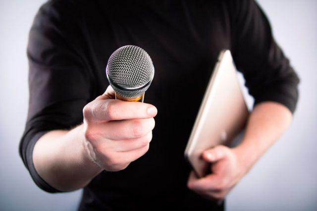 Los periodistas cada vez trabajan más como autónomos