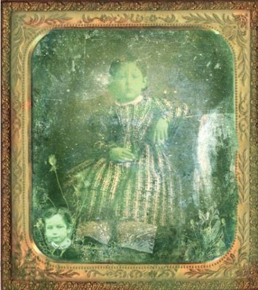 Resultado de imagen de gente de piel verde