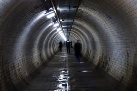 criatura salvaje metro londres Misteriosas criaturas bajo nuestros pies