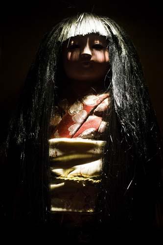 Okiku muñeca poseída japonesa