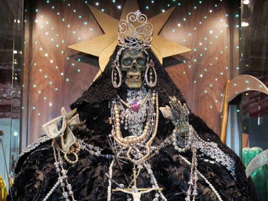 Santa Muerte Darkness - La Santa Muerte, entre lumière et obscurité
