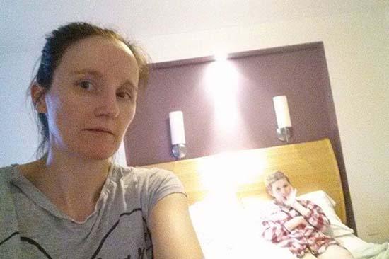 selfie angel daughter - Vous prenez un selfie et l'ange de votre fille apparaît des semaines avant qu'elle ne meure d'un cancer