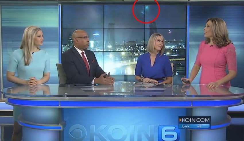(UFOs appear during a live broadcast)