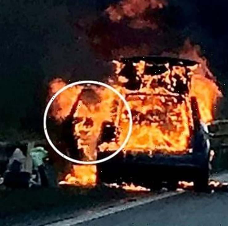Visage démoniaque Hitler - La police britannique photographie un visage démoniaque dans une voiture en feu et est similaire à Adolf Hitler