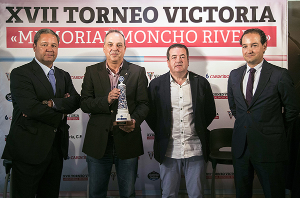 RP Memorial Moncho Rivera 2