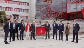 Descubrimiento de placa inauguración MEGA