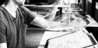 Microsoft Research muestra una tecnología de respuesta de aplicaciones a la inclinación de pantalla