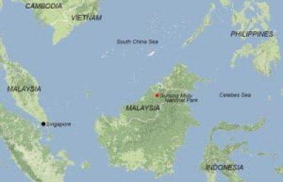 Exploradores británicos trazan una red 'sin fin' de cuevas debajo de la selva de Borneo 5