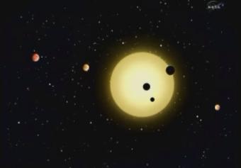 Un nuevo sistema solar a 2.000 años luz de la Tierra