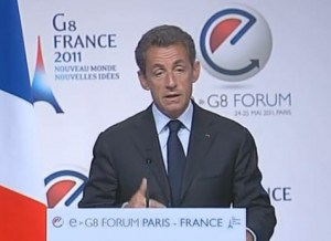 Sarkozy: Los gobiernos necesitan regular internet para evitar la anarquía