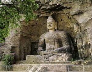 Las Grutas de Dunhuang: Pasajes ocultos, textos secretos y ladrones de oro