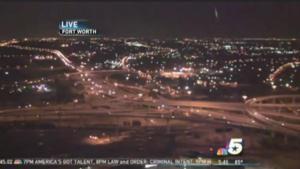 OVNI realiza increíbles movimientos – en vivo de NBC News SkyCam Fort Worth, TX – 26 de julio 2011