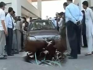 Ingeniero de Pakistán ha puesto en marcha satisfactoriamente un coche con agua en lugar de combustible