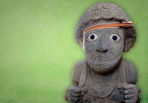 Arqueólogos desentierran una colosal escultura humana en Turquía