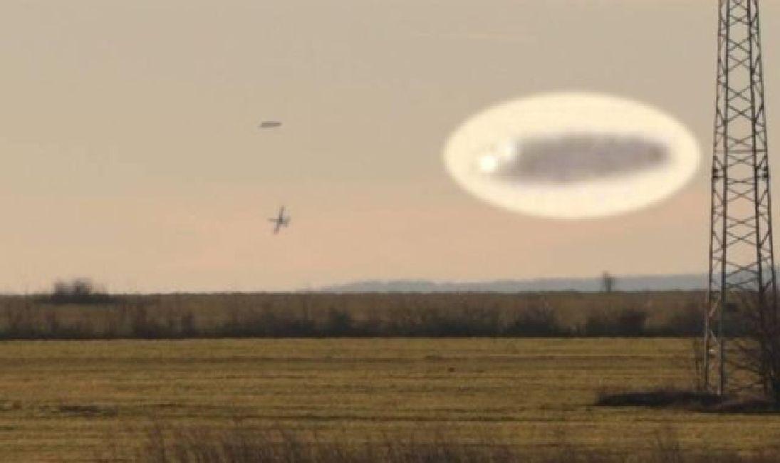 Aviones persiguiendo OVNI cerca de Nova Zagora