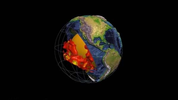 Descubren Dos Nuevas Estructuras en el Interior de la Tierra ¿Tierra Hueca?