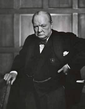 Descubren un ensayo inédito de Winston Churchill sobre la vida extraterrestre