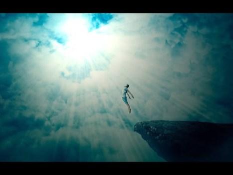 ¿Retorna el alma al universo después de fallecer?