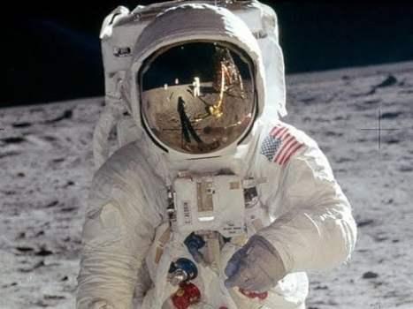 Cómo Convencer a un Escéptico de que las Misiones Apolo a la Luna Fueron Reales
