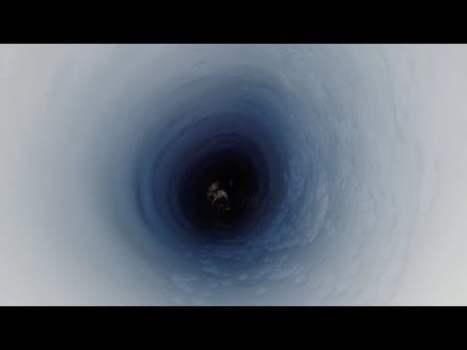 Perforan la Antártida Cerca del Polo Sur y al Fondo Hallan lo Inimaginable