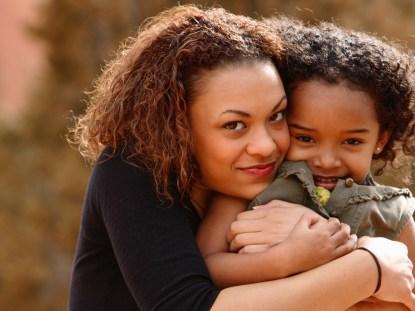 Falando sobre o corpo das mulheres com a sua filha