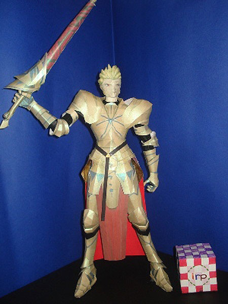 fate+stay+night+gilgamesh+papercraft