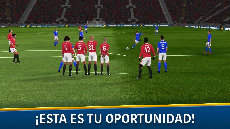 Dream League Soccer 2018 APK MOD imagen 1
