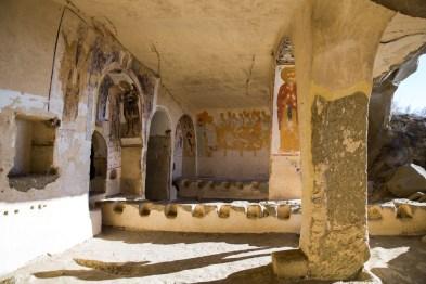 Monastério escavado na rocha