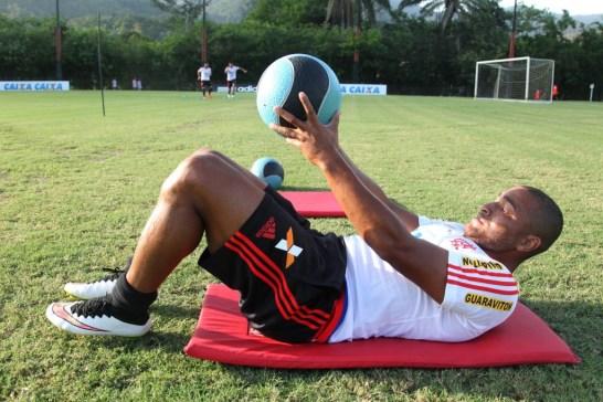 Anderson Pico voltará a ser relacionado antes do previsto. (Foto: Gilvan de Souza/Flamengo)