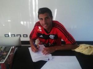 Mugni chegou ao Flamengo na temporada passada (Foto: Site Oficial)