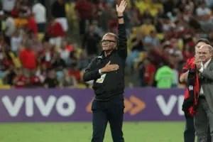 Jayme de Almeida confirma em exclusiva que volta nesta terça: Estou feliz