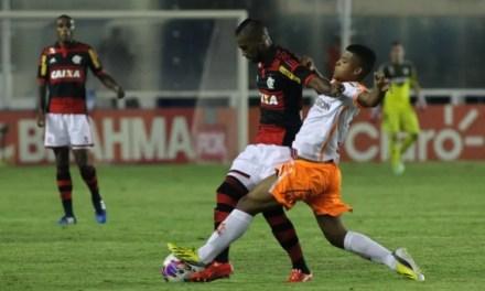 Flamengo faz jogo nervoso e deixa escapar Taça Guanabara