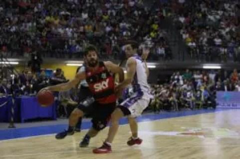Laprovittola foi um dos destaques da partida e eleito o MVP da Final (Foto: Fotojump/ LNB)