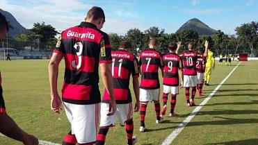 Sub 20 está invicto na Taça Rio. (Foto: Flamengo Oficial)