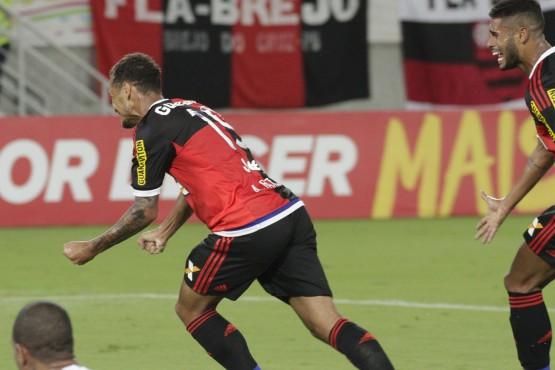 Alan Patrick e Kayke são símbolos da arrancada.   Foto Gilvan de Souza/Flamengo