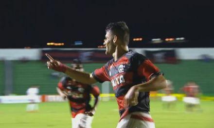 Em noite de gala, Fla goleia e avança na Taça São Paulo