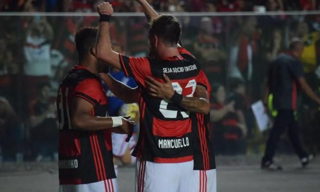 Com golaço de Mancuello, Flamengo vence e dorme na liderança