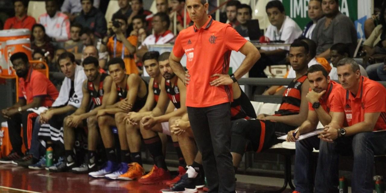 José Neto e Fischer falam sobre derrota e assumem decisões ruins