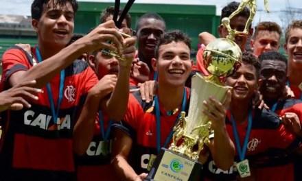 Normal! Sub-13 e 14 vencem o Vasco e conquistam o Metropolitano