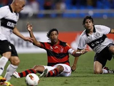 2012: Flamengo x Olimpia (Paraguai)